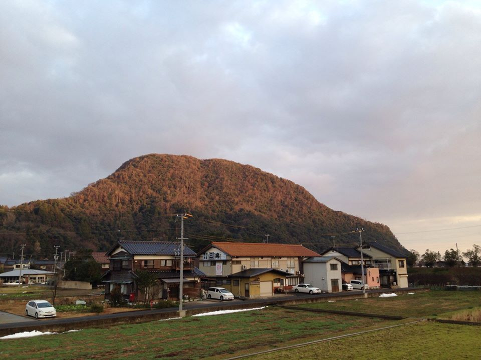 佐津の柴山(嶋山)~今なら朝7時ぐらいに絶景が見られることあり!!