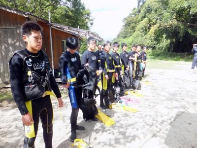 北風の吹く中、なぜ三田浜ではダイビングが出来るのか?