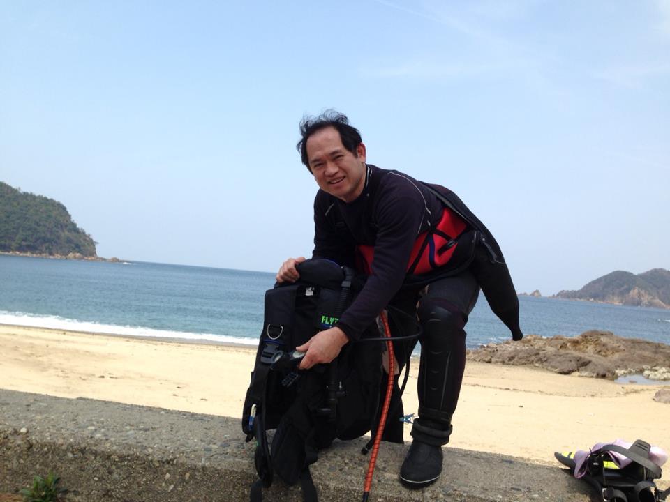 【香住・佐津ビーチの春】ニモダンゴ(ダンゴウオの幼魚)とダンゴウオの抱卵