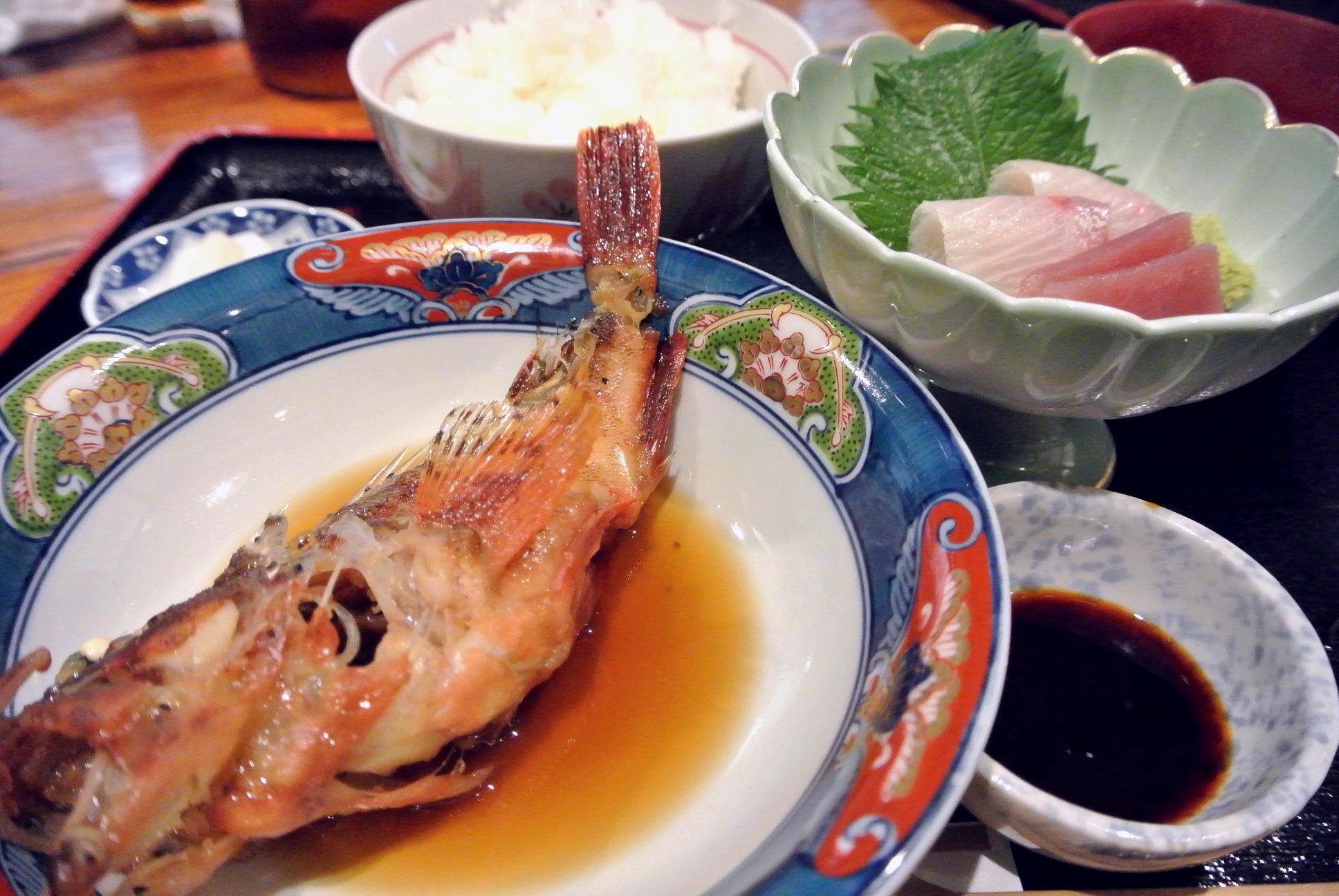 旨いもんや「笑ら」土日限定の焼き魚定食&煮魚定食♪