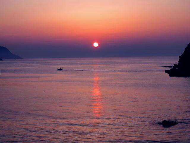 夕日見頃を迎えました♪ ~夕日百選「今子浦海岸」