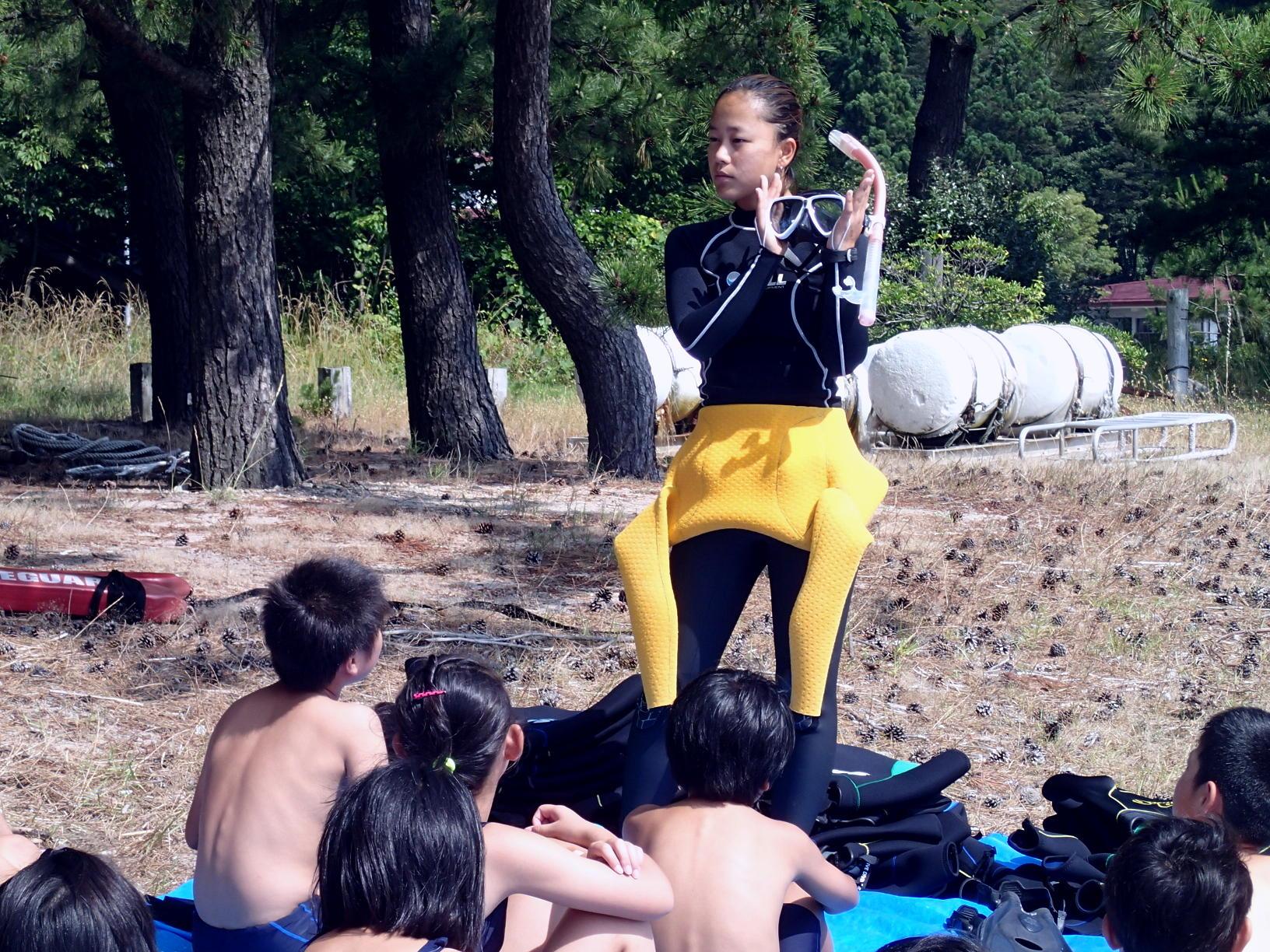 今年も自然学校(兵庫県)でスノーケリング体験!!