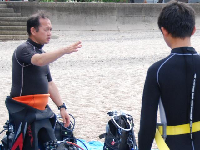 海水浴場の水温は何度ぐらいからが泳ぎやすいか