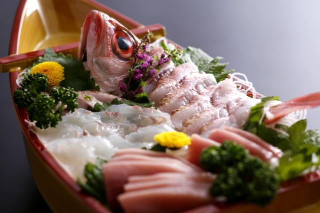 松葉ガニが終わって4月から香住では何が食べられますか?