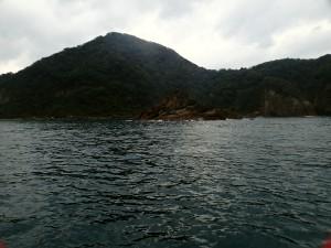 獅子島(海側から)