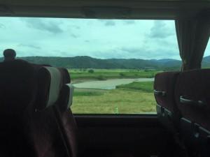 バスから見る円山川