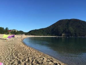 朝の佐津海水浴場