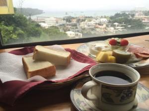 サーフサイドの朝食