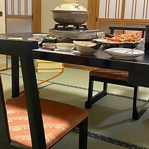 民宿美味し宿かどや 椅子・テーブル席
